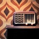 70s retro wallpaper radio